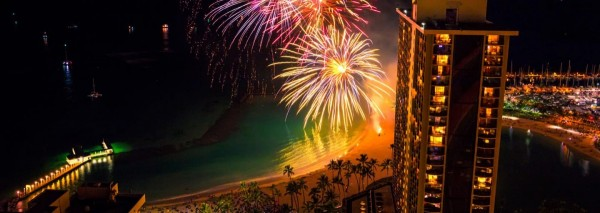 hilton-hawaiian-village-fireworks